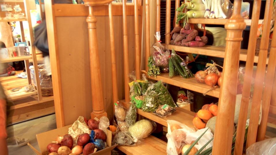 続々と集まってくる野菜